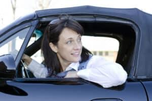 Das Autofahren ohne gültigen Führerschein ist kein Kavaliersdelikt.