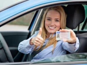 Der Führerschein der Klasse B berechtigt zum Fahren von Pkw.