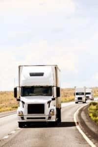 Das Führen eines LKW mit CE-Führerschein erfordert viel Verantwortung.