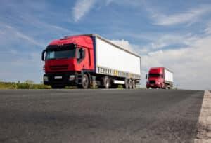 Ein LKW-Führerschein berechtigt zum Führen von Fahrzeugen über 7,5 Tonnen.
