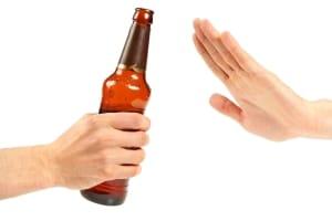 Das absolute Alkoholverbot für Fahranfänger gilt auch in der Probezeit beim BF17.