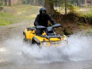 Quad: Welcher Führerschein wird für den Spaß im Gelände benötigt?