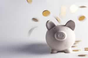 Ein Bußgeldbescheid ist mit Gebühren verbunden, die variieren können.