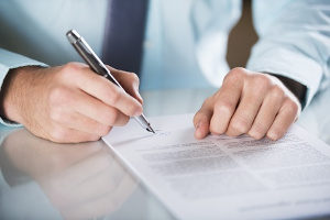 Zeugenfragebogen: Welche Angaben müssen Sie machen?