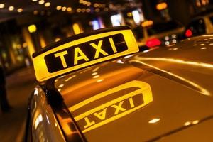 Ein Personenbeförderungsschein ist beispielsweise vonnöten, wenn Sie als Taxifahrer tätig werden wollen.