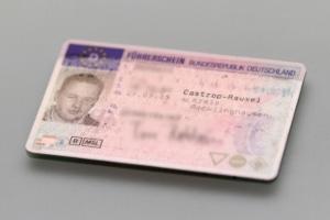 Eine Verzichtserklärung für den Führerschein ist schriftlich einzureichen.