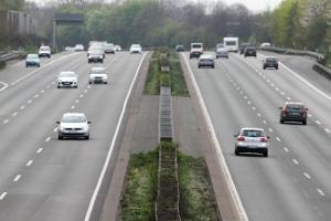 Die praktische Fahrprüfung kann Sie kurz auf die Autobahn führen.