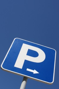 Parken im Parkverbot: Sie müssen mit einem Bußgeld rechnen.