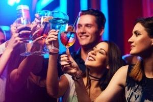 Trunkenheit am Steuer ist auch ein A-Verstoß in der Probezeit.