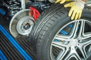Beispiel für einen B-Verstoß in der Probezeit: Abgefahrene Reifen.