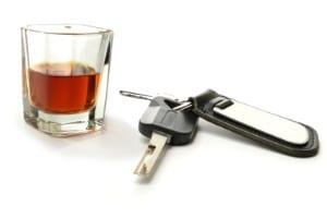 Führerschein & Probezeit: 2-3 Punkte gibt es für schwere Vergehen (z. B. Alkohol am Steuer).