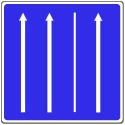 Dieses Schild oder ein Pfeil in Grün können den rechten Fahrstreifen freigeben.