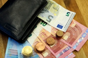 Geldbuße statt Fahrverbot: Nur in wenigen Fällen ist das möglich.