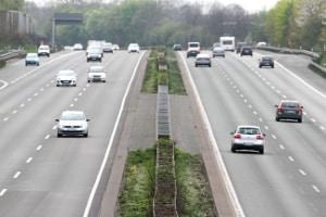 Laut StVO beträgt die Richtgeschwindigkeit 130 km/h.